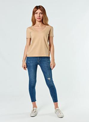 Coral V Yaka Basic T-Shirt Camel